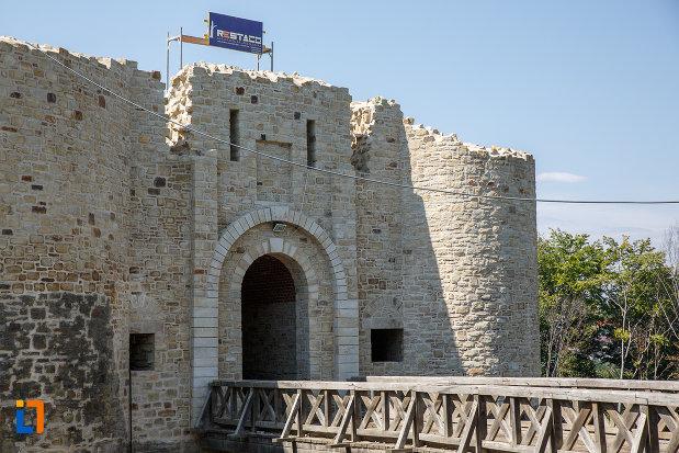 podul-de-la-intrarea-in-cetatea-de-scaun-a-sucevei-judetul-suceava.jpg