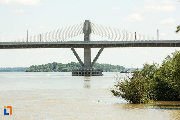 podul-din-calafat-judetul-dolj-sustinut-prin-cabluri.jpg
