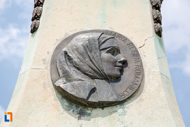 portret-de-femeie-monumentul-eroilor-cazuti-in-primul-razboi-mondial-din-alexandria-judetul-teleorman.jpg