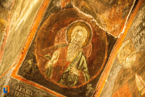 portret-din-manastirea-strehaia-judetul-mehedinti.jpg