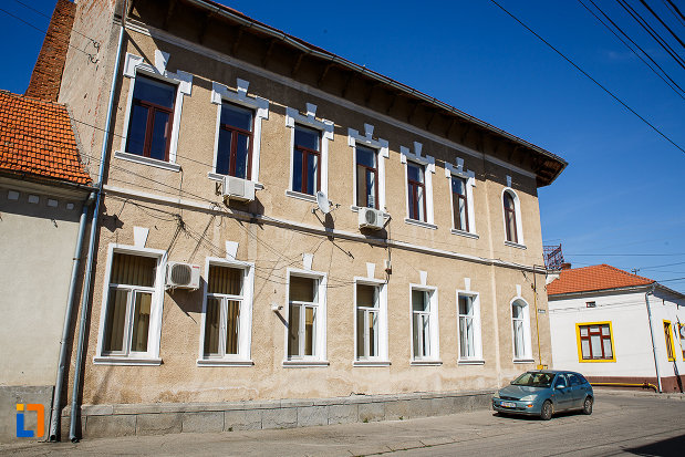 posta-veche-1900-din-orastie-judetul-hunedoara-aripa-laterala.jpg