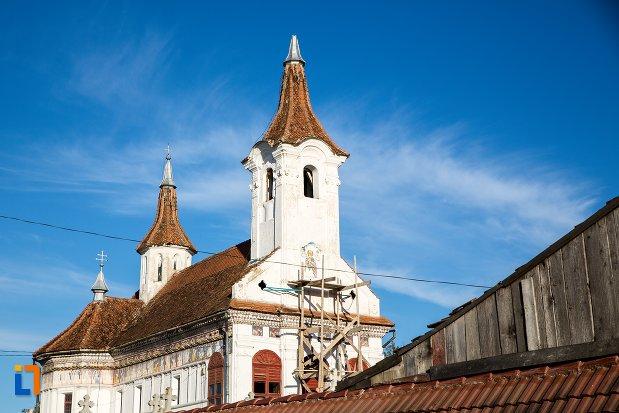 poza-cu-biserica-sf-nicolae-cernatu-1781-1783-din-sacele-judetul-brasov.jpg