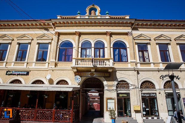poza-cu-casina-romana-azi-hotel-augusta-din-orastie-judetul-hunedoara.jpg