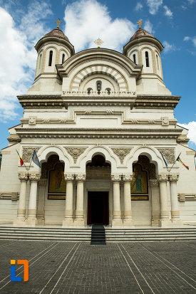 poza-cu-catedrala-ortodoxa-sf-ierarh-nicolae-si-andrei-din-galati-din-galati.jpg