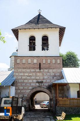 poza-cu-clopotnita-de-la-manastirea-stelea-din-targoviste-judetul-dambovita.jpg