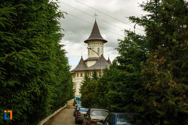 poza-cu-manastirea-brazi-din-panciu-judetul-vrancea.jpg