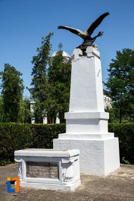 poza-cu-monumentul-ostasului-necunoscut-din-oltenita-judetul-calarasi.jpg