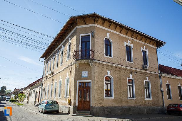 poza-cu-posta-veche-1900-din-orastie-judetul-hunedoara.jpg