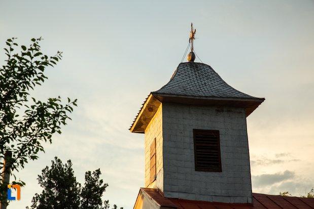 poza-cu-turnul-de-la-biserica-sf-spiridon-din-corabia-judetul-olt.jpg