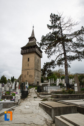 poza-cu-turnul-vechii-biserici-ortodoxe-1700-din-deva-judetul-hunedoara.jpg