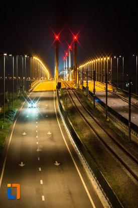 poza-de-noapte-cu-podul-din-calafat-judetul-dolj.jpg