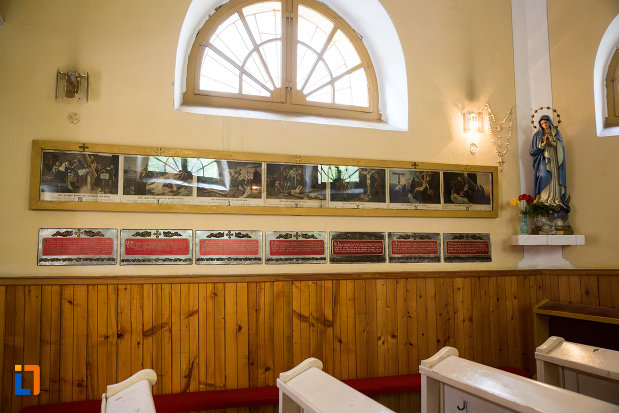 poza-din-biserica-romano-catolica-din-baile-herculane-judetul-caras-severin.jpg