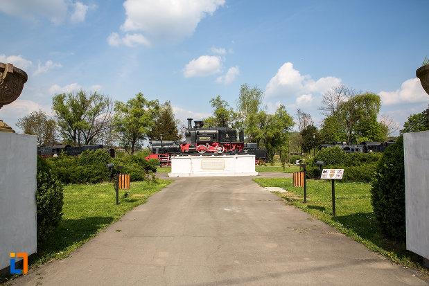 poza-din-muzeul-locomotivelor-cu-aburi-din-resita-judetul-caras-severin.jpg