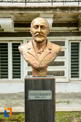 prim-plan-cu-bustul-lui-stefan-marincu-judetul-dolj.jpg