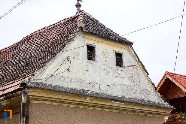 prim-plan-cu-casa-de-pe-b-dul-moroianu-nr-304-din-sacele-judetul-brasov.jpg