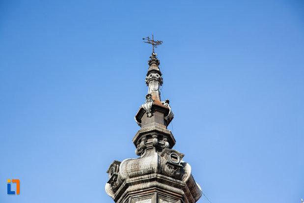 prim-plan-cu-turnul-de-la-palatul-babos-din-cluj-napoca-judetul-cluj.jpg