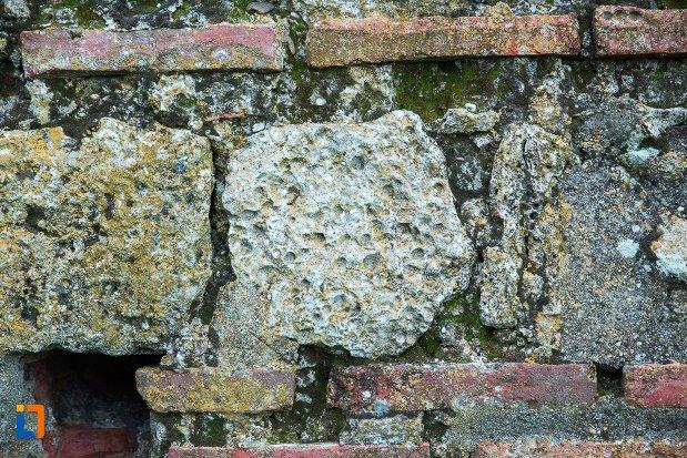 prim-plan-cu-zid-de-la-asezarea-romana-sucidava-din-corabia-judetul-olt.jpg