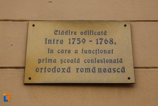 prima-scoala-confesionala-ortodoxa-romaneascu-din-lugoj-judetul-timis-placa-informativa.jpg