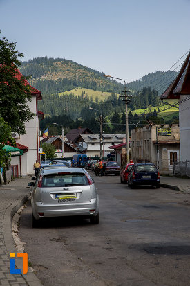 priveliste-montana-orasul-campulung-moldovenesc-judetul-suceava.jpg