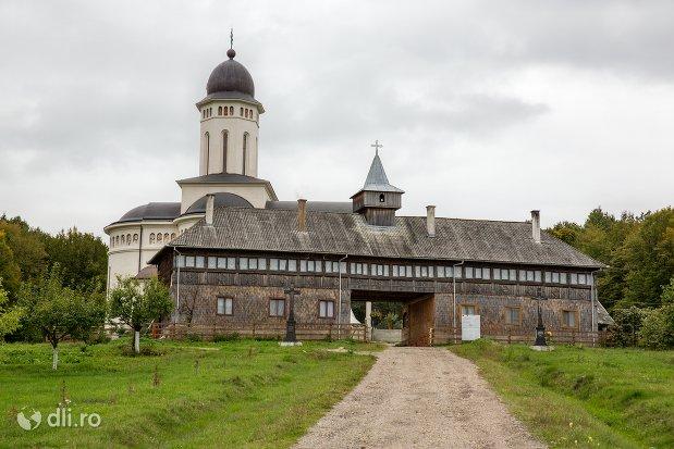 privire-de-ansamblu-manastirea-marius-judetul-satu-mare.jpg