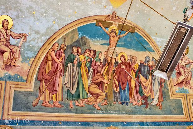 rastignirea-lui-iisus-biserica-ortodoxa-din-chiuzbaia-judetul-maramures.jpg