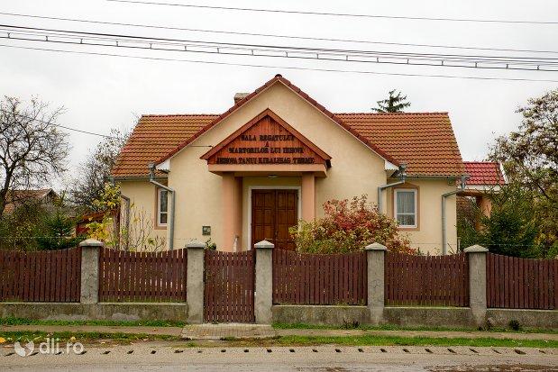 sala-regatului-martorilor-lui-iehova-din-acas-judetul-satu-mare.jpg