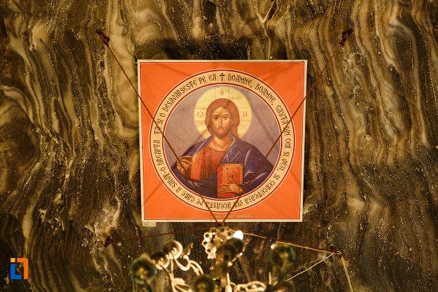 salina-din-ocnele-mari-judetul-valcea-mesaj-religios.jpg