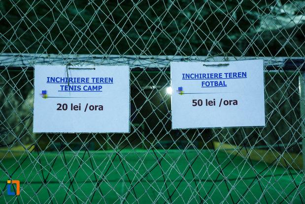 salina-din-ocnele-mari-judetul-valcea-tarifele-pentru-terenurile-de-fotbal-si-tenis-de-camp.jpg