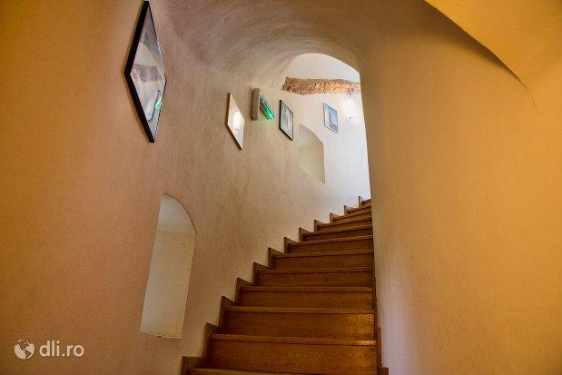 scari-de-interior-din-cetatea-din-ardud-judetul-satu-mare.jpg
