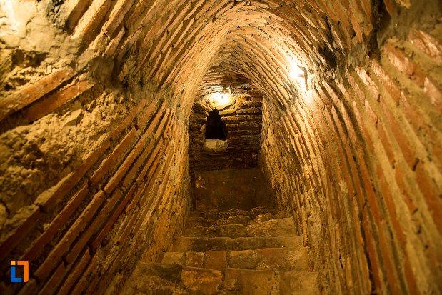 scari-din-tunel-asezarea-romana-sucidava-din-corabia-judetul-olt.jpg