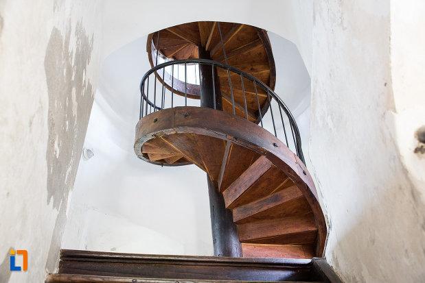 scari-interioara-turnul-chindia-judetul-dambovita.jpg