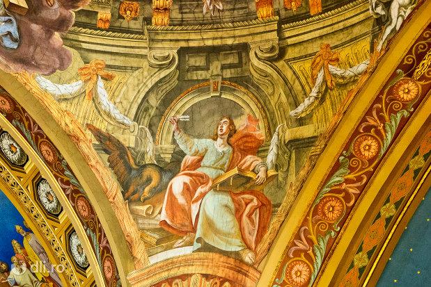 scena-biblica-din-bazilica-romano-catolica-din-oradea-judetul-bihor.jpg