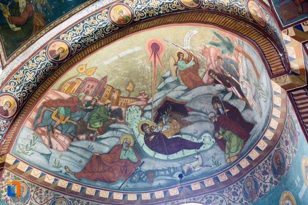 scena-biblica-din-biserica-adormirea-maicii-domnului-mavrodolu-din-pitesti-judetul-arges.jpg