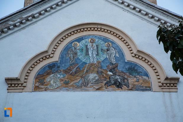 scena-biblica-pictata-pe-biserica-schimbarea-la-fata-din-tulcea-judetul-tulcea.jpg