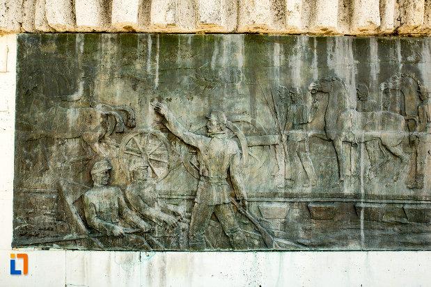 scena-de-lupta-monumentul-comemorativ-al-razboiului-de-independenta-din-calafat-judetul-dolj.jpg