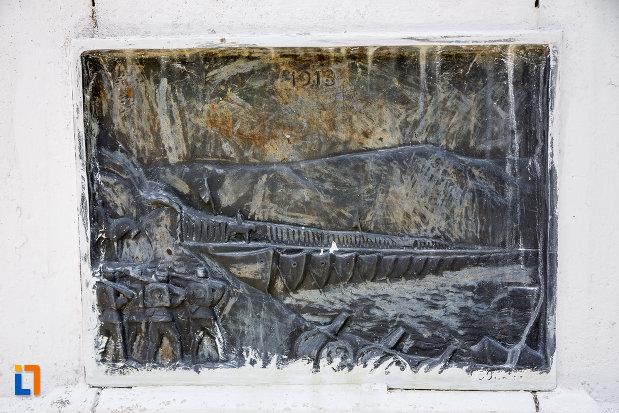 scena-de-razboi-de-pe-monumentul-eroilor-din-zimnicea-judetul-teleorman.jpg