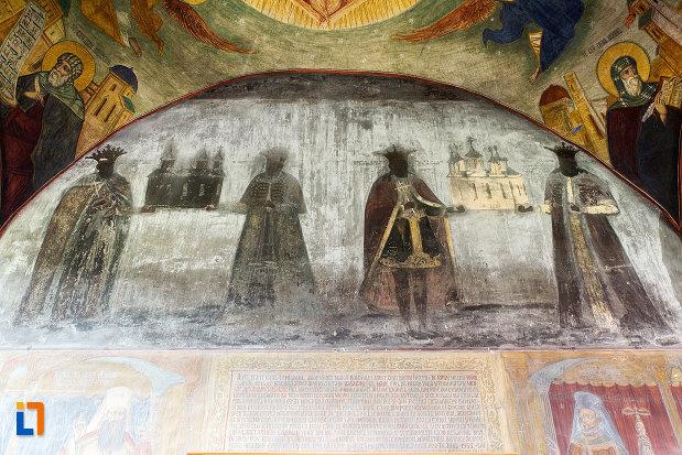 scene-pictate-de-la-manastirea-negru-voda-din-campulung-muscel-judetul-arges.jpg