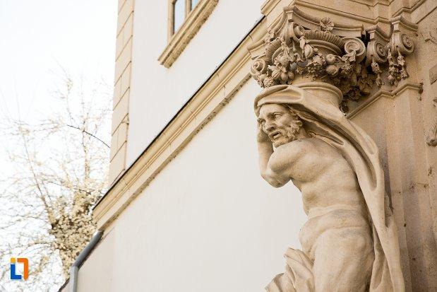 sculptura-de-la-poarta-a-iv-a-de-la-cetatea-din-alba-iulia-judetul-alba.jpg