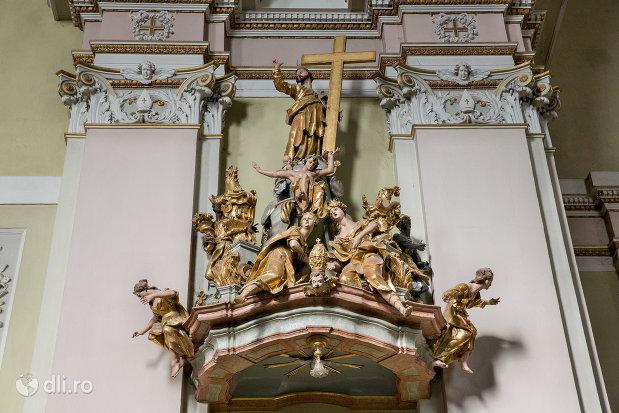 sculpturi-din-biserica-romano-catolica-coborarea-sfantului-duh-din-oradea-judetul-bihor.jpg