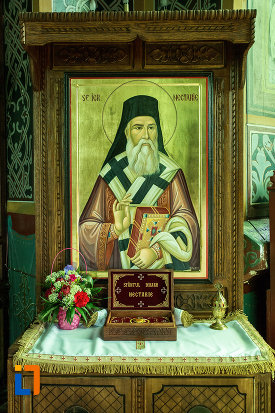 sf-ierarh-nectarie-biserica-sf-nicolae-din-slatina-judetul-olt.jpg