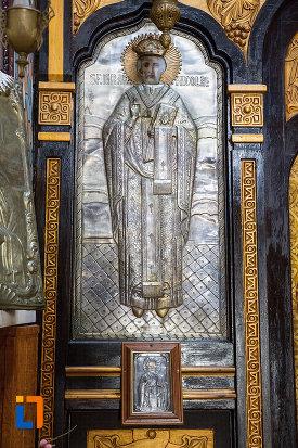 sfantul-nicolae-biserica-ortodaxa-sf-gheorghe-din-mangalia-judetul-constanta.jpg