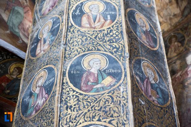 sfinti-cu-biserica-domneasca-adormirea-maicii-domnului-din-targoviste-judetul-dambovita.jpg
