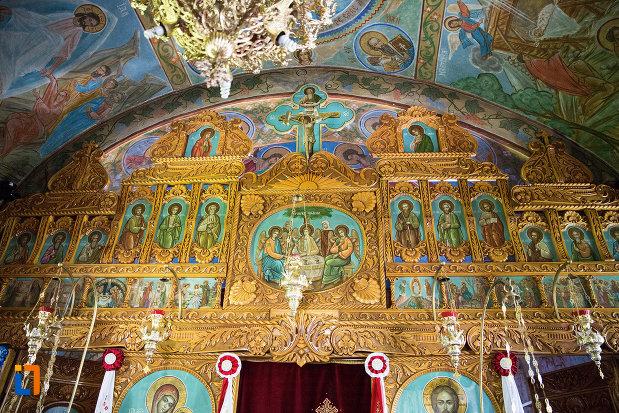 sfinti-din-biserica-taierea-capului-sf-ioan-botezatorul-din-targoviste-judetul-dambovita.jpg