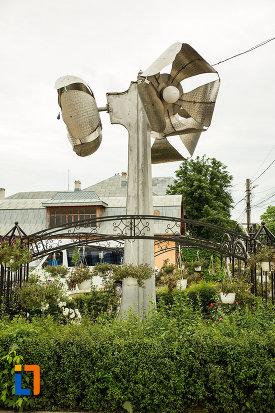 simbol-din-orasul-targu-bujor-judetul-galati.jpg