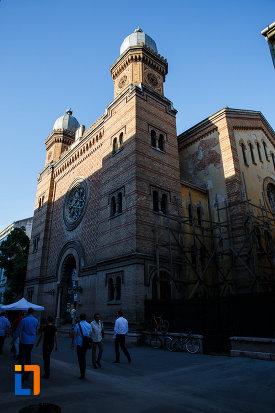 sinagoga-din-cetate-din-timisoara-judetul-timis.jpg