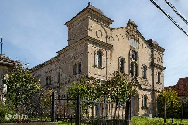 sinagoga-din-seini-judetul-maramures.jpg