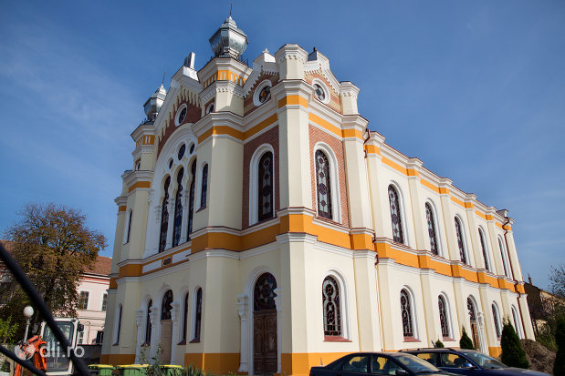 sinagoga-ortodoxa-hevra-sas-din-oradea-judetul-bihor.jpg