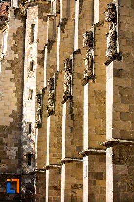 sir-de-coloane-biserica-neagra-1383-1477-din-brasov-judetul-brasov.jpg