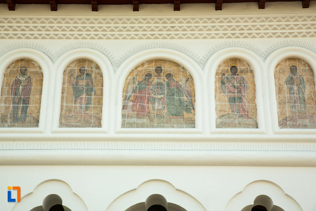 sir-de-picturi-murale-de-la-biserica-sf-voievozi-din-targu-jiu-judetul-gorj.jpg