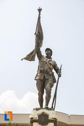 soldatul-de-pe-monumentul-eroilor-cazuti-in-primul-razboi-mondial-din-alexandria-judetul-teleorman.jpg